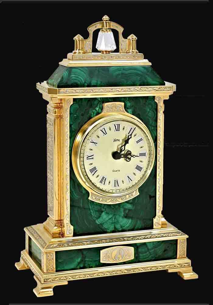 Часы малахитовые - Дорогие подарки ...: www.vip-zlatoust.com/chasi_malahitovye_dorogie_podarki_interier.php